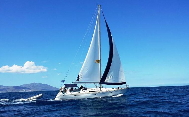 Small-Group and Flexi Sailing Yacht Cruise to Rhenia Island & Guided Tour of Delos