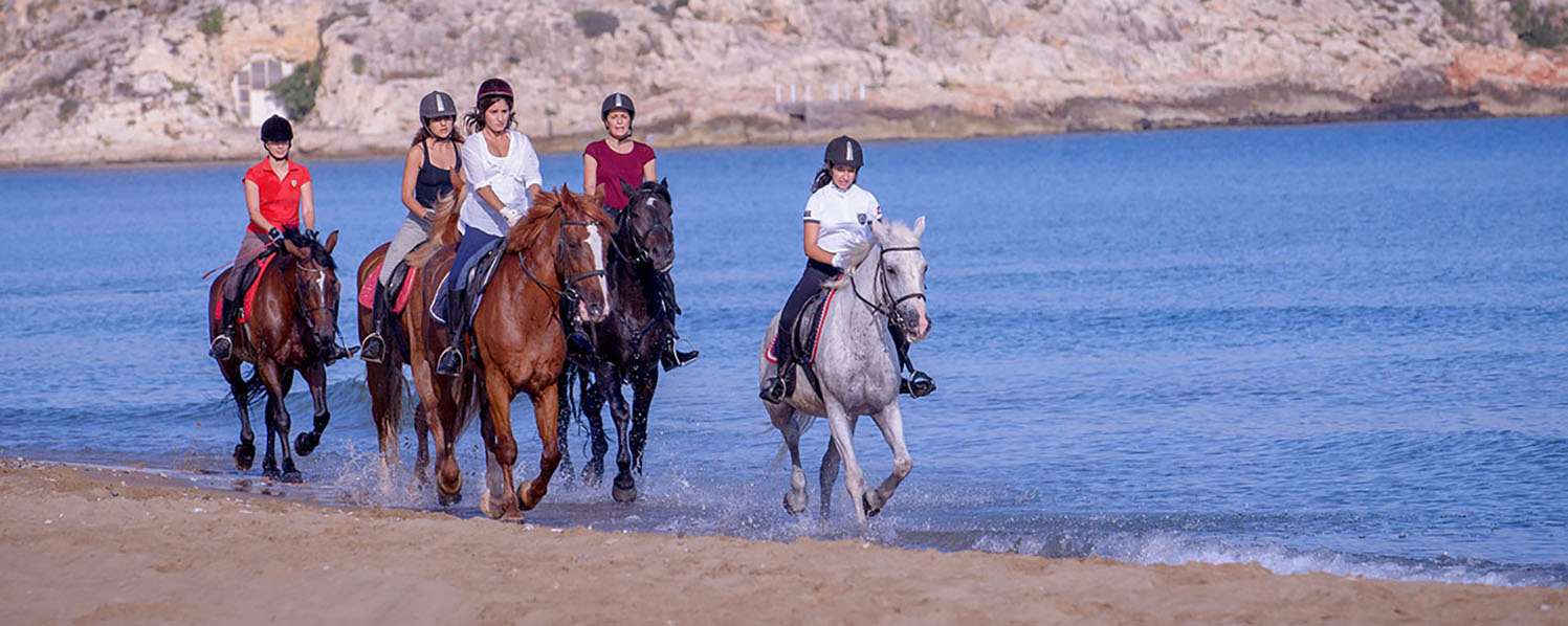 Horse riding in Chersonissos on the beach
