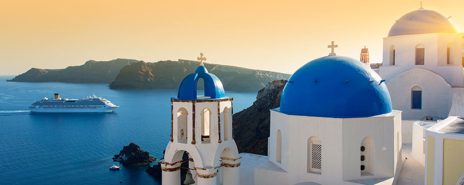 One Day Cruise to Santorini with Excursion