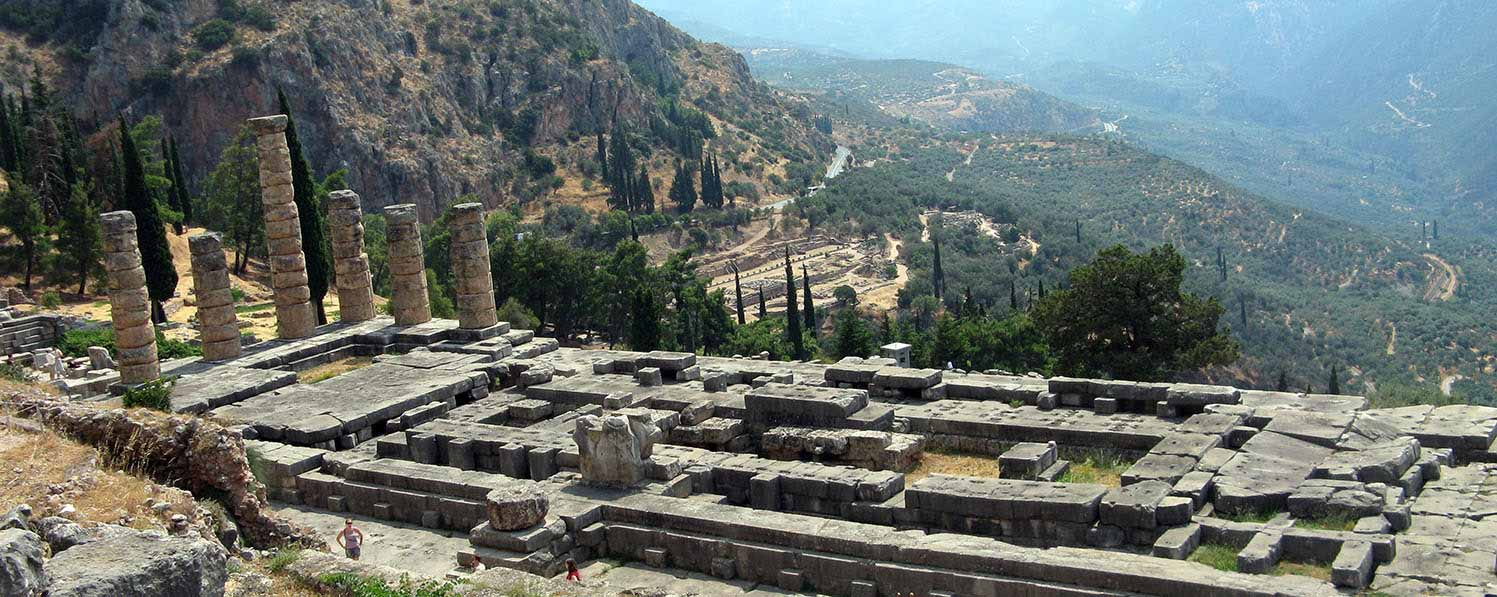 Delphi two days tour